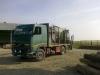 camion-busteni-cu-macara