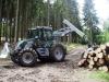 tractor-echipat-de-padure